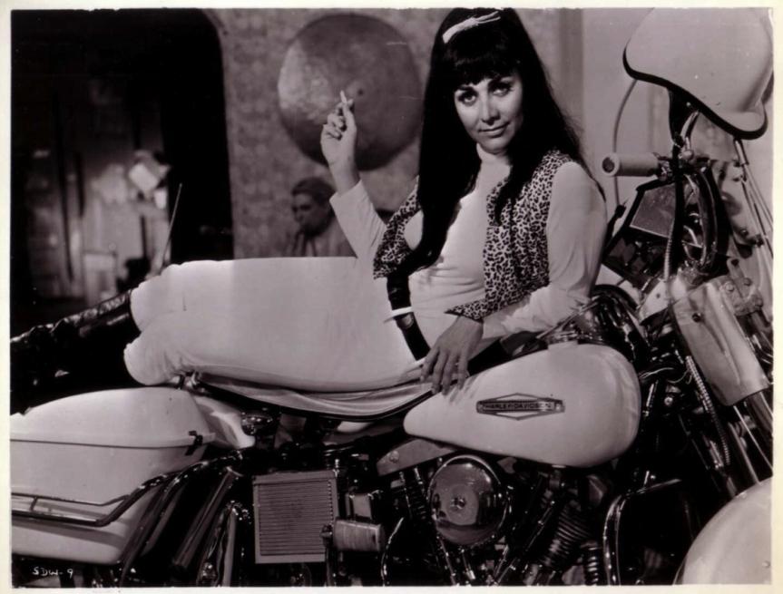 1118full-she-devils-on-wheels-photo