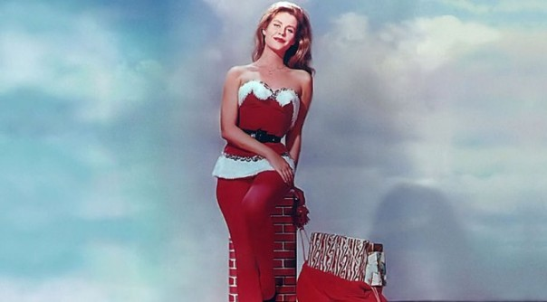 christmas-pinup-elizabeth-montgomery-672x372