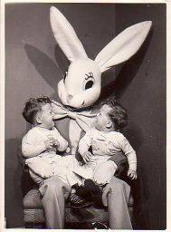 Creepy-Easter-Bunny-Pics-0