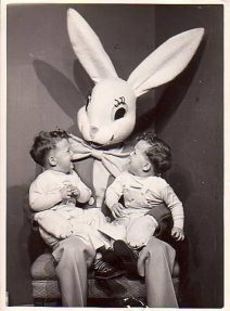Creepy-Easter-Bunny-Pics-0
