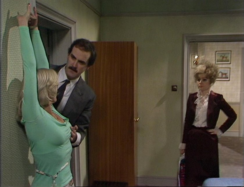 luanpeters-fawltytowers